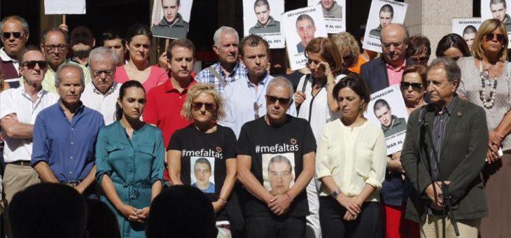 La madre de Paco Molina, rota de dolor: «¿Dónde estará mi hijo? ¿Estará bien?»