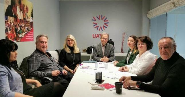 UATAE promueve la colaboración social para la atención a enfermos de Alzheimer